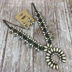 Navajo Style Squash Blossom Necklace Set